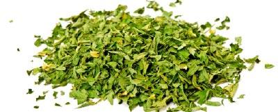kratom-cancer-dried-leaves-herb.